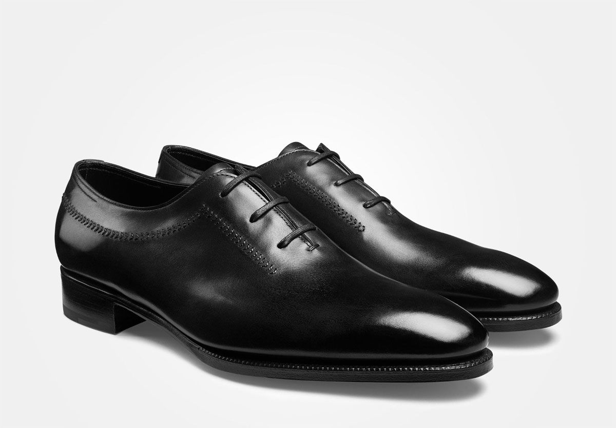 Μαύρα wholecut oxfords